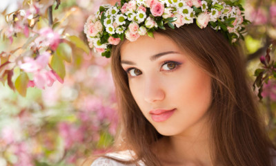 55441014 - portrait of a gorgeous spring woman outdoors in nature.