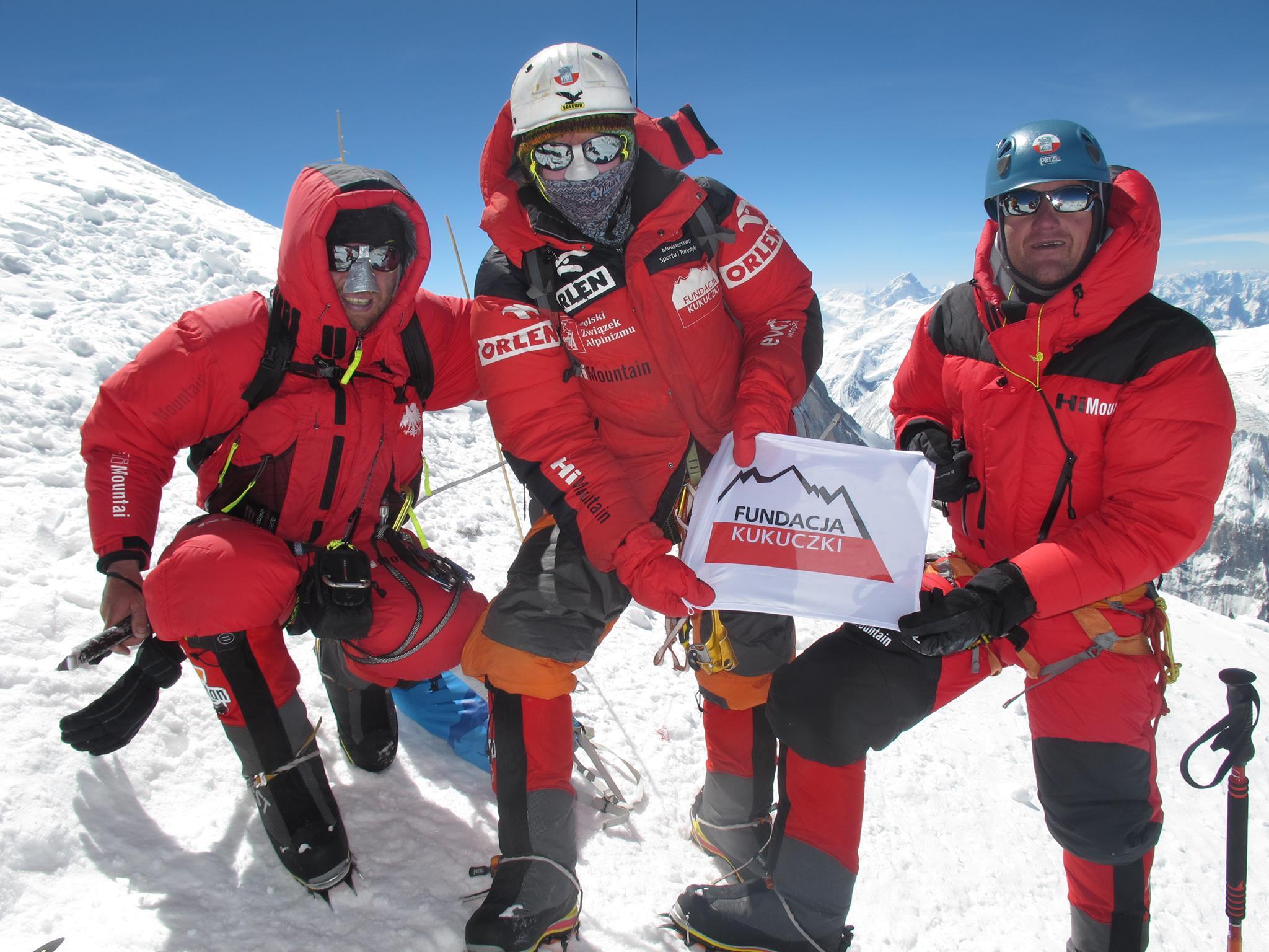 Na szczycie Broad Peaku, 27 lipca 2014. Od lewej: Piotr Tomala, Agnieszka Bielecka, Marek Chmielarski. Fot. Piotr Tomala